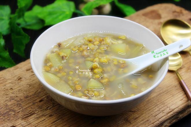 西瓜皮绿豆汤成品图