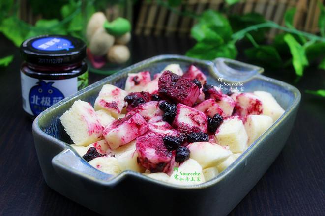 蓝莓馒头丁成品图